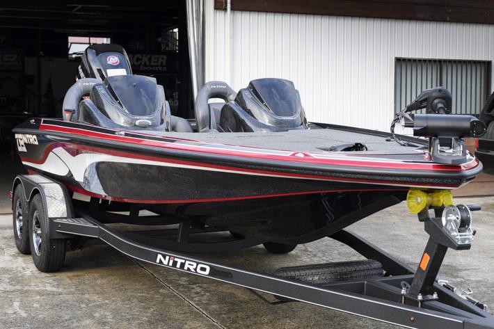 ナイトロボート Z19