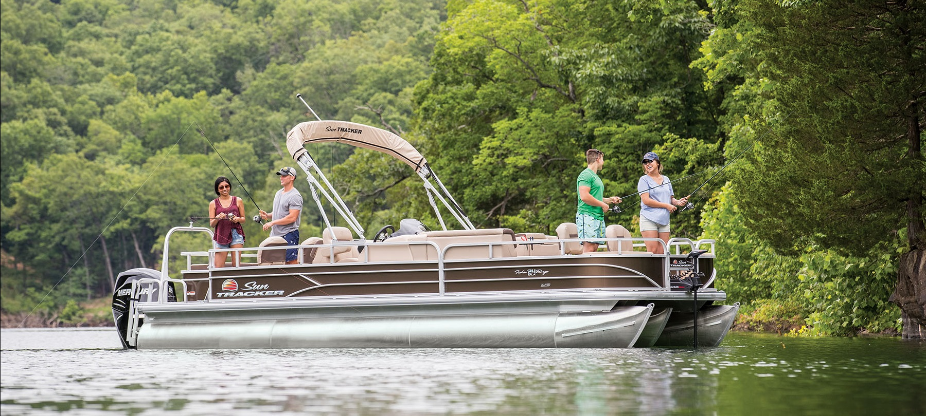 _2018_SUN-TRACKER_Fishing-Pontoons_FISHIN-BARGE-24