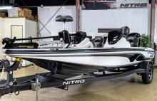 NITRO Z18 bass boat